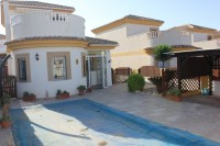 3 bed 2 bath Villa with pool